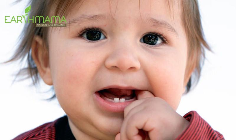 Triệu chứng bé sốt mọc răng