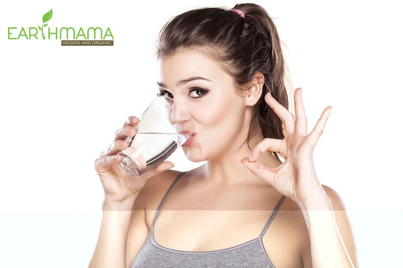 Uống nhiều nước mỗi ngày để giảm cân