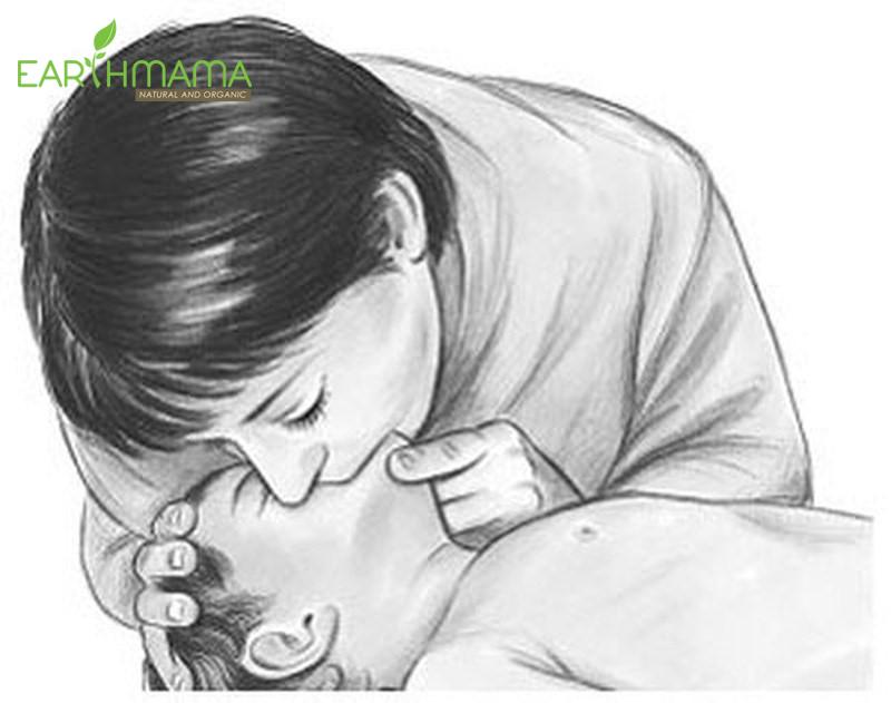 Hô hấp nhân tạo khi bé bị ngạt nước