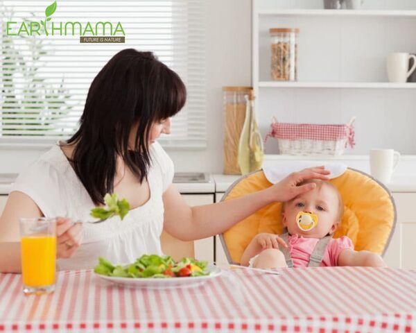 Bận rộn chăm sóc con cái cũng đừng quên giữ tâm trạng thoải mái trong giai đoạn ở cữ