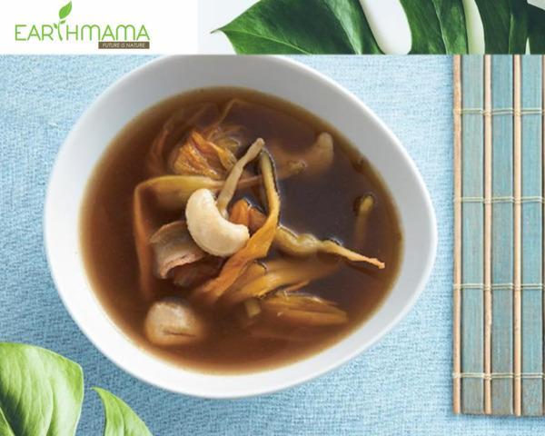 Canh thuốc bắc của Taste for life được điều chế bằng nhiều loại thảo dược Đông Y
