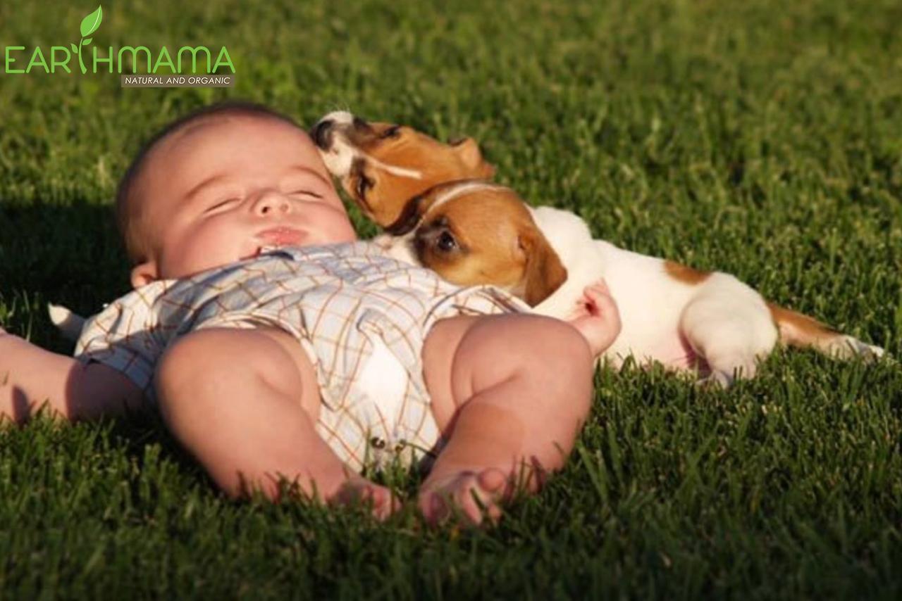 tắm nắng bé ngủ ngon hơn